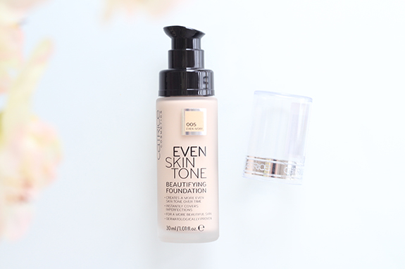 catrice_even_skin_tone_beautifying_foundation_liquid_camouflage_high_coverage_foundation11