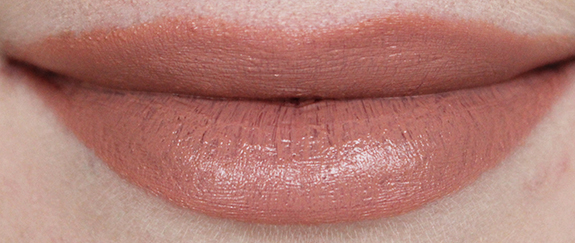 catrice_ultimate_colour_Nude-tastic_on_the_pink_side_of_life07