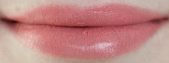 catrice_ultimate_colour_lipstick_pink_side_rose_mantic_plum_fiction07