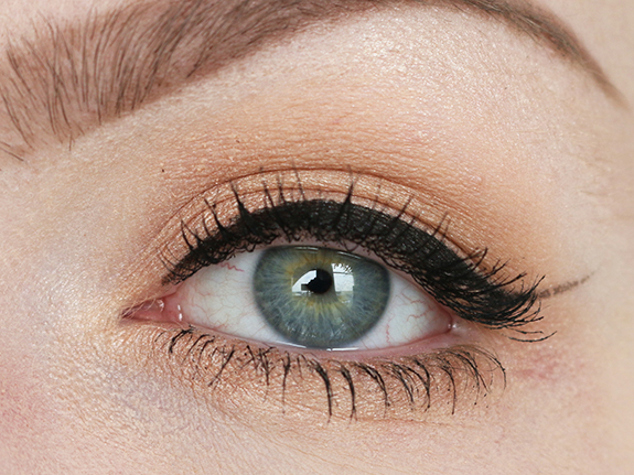 charlotte_tilbury_instant_look_in_a_palette07