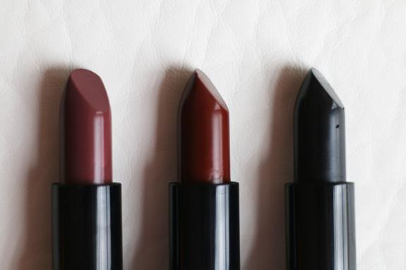 donker_mat_zwart_make-up_studio_lipstick04