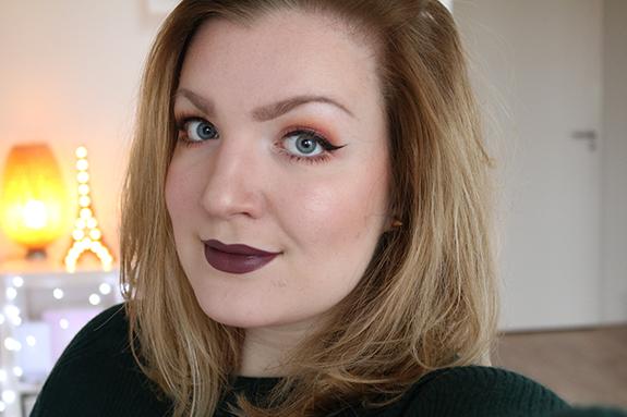 donker_mat_zwart_make-up_studio_lipstick07