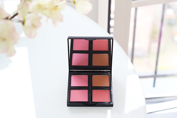 e.l.f._blush_palette_light09