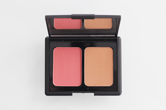 e.l.f._contouring_blush_bronzing_powder03