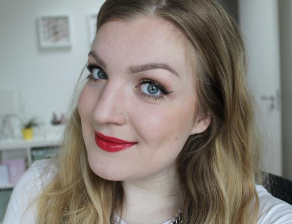 e.l.f._moisturizing_lipstick13