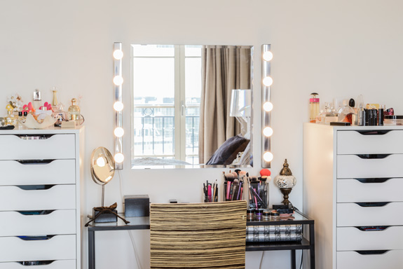 Ikea Makeup Tafel : Ikea make up spiegel
