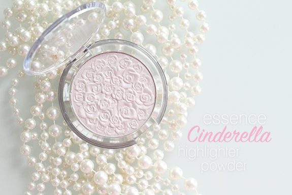 essence_cinderella_highlighter_powder01