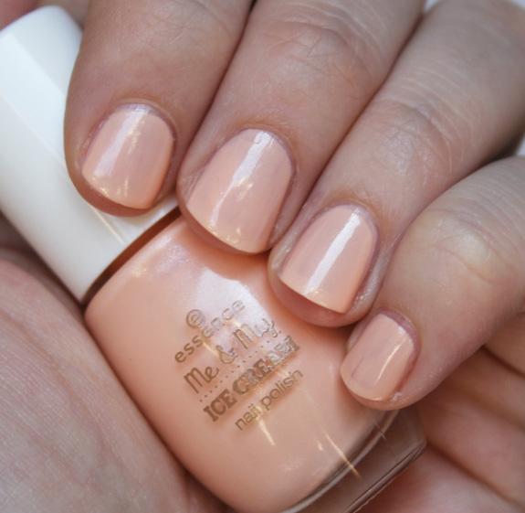 essence_me_my_ice_cream_nail_polish07