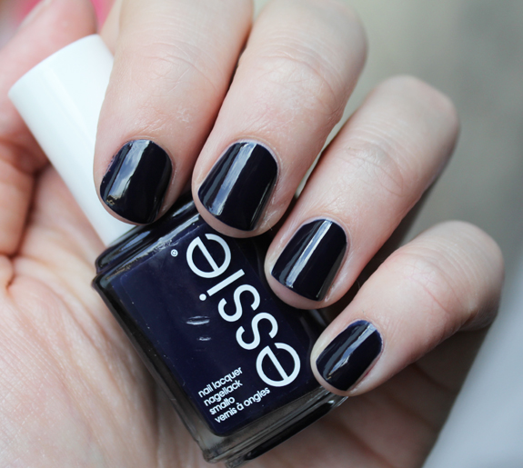 essie_for_the_twirl_of_it_herfst_2013_05