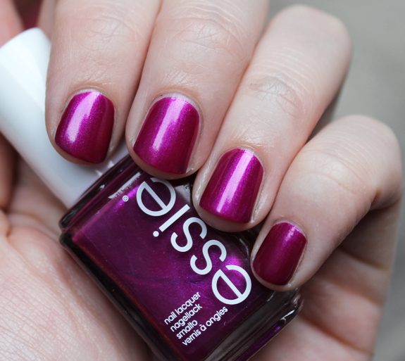 essie_for_the_twirl_of_it_herfst_2013_08