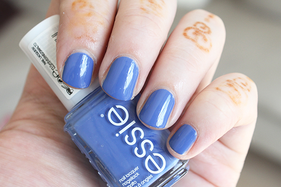 essie_zomer_nagellak_surfs_up07