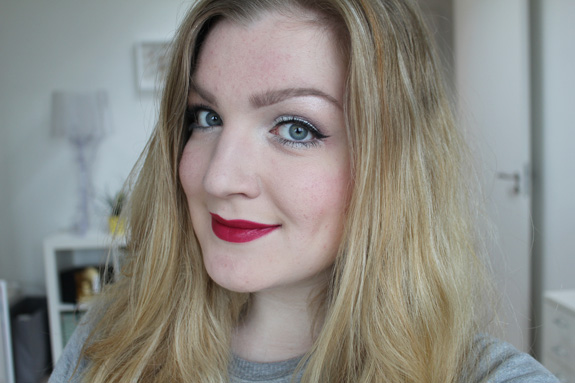 flormar_deluxe_cashmere_lipstick_stylo09