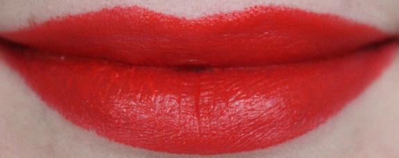 flormar_revolution_perfect_lipstick12