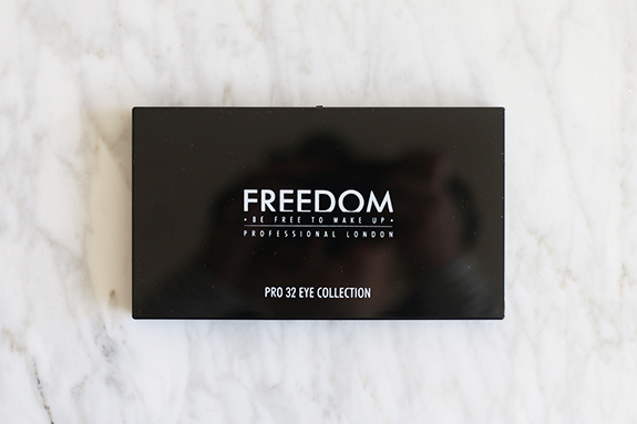 freedom_innocent_pro_32_eye_collection_palette02