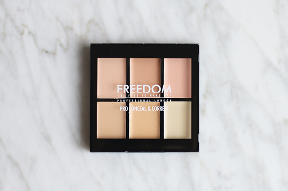 freedom_pro_conceal_correct_light02