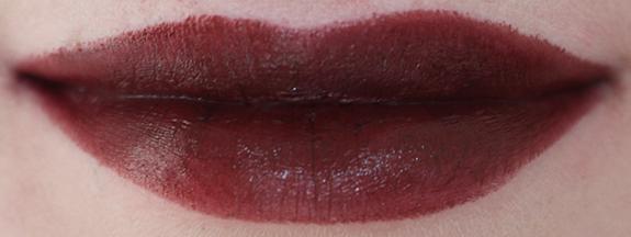 hema_lipstick_long_lasting_lipstick_moisturising_lipstick_donker08