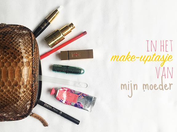 in_het_make-uptasje_van_mijn_moeder01
