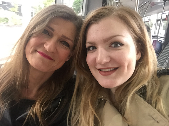 in_het_make-uptasje_van_mijn_moeder04