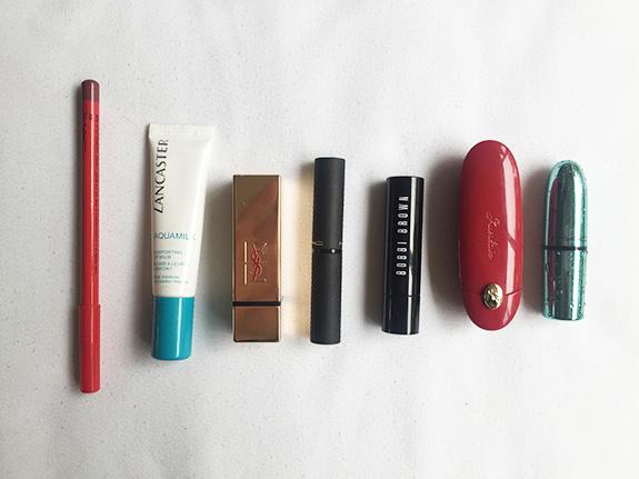 in_het_make-uptasje_van_mijn_moeder06