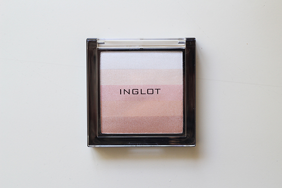 inglot_multicolour_highlighting_powder_83_02