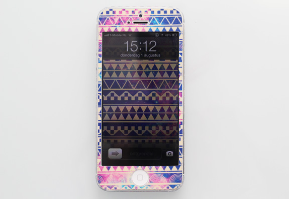 iphone_tribal_aztec_galaxy_skin02