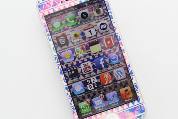 iphone_tribal_aztec_galaxy_skin05