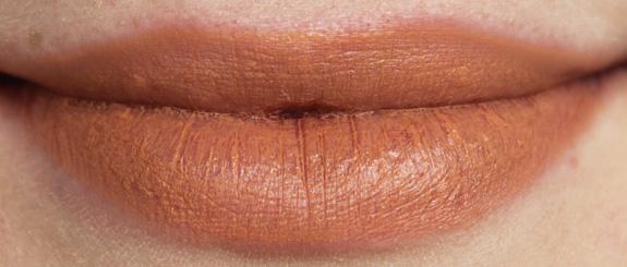 kiko_velvet_mat_lipstick07