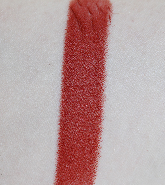 mac_matte_lipstick_pink_plaid_chili_sin11