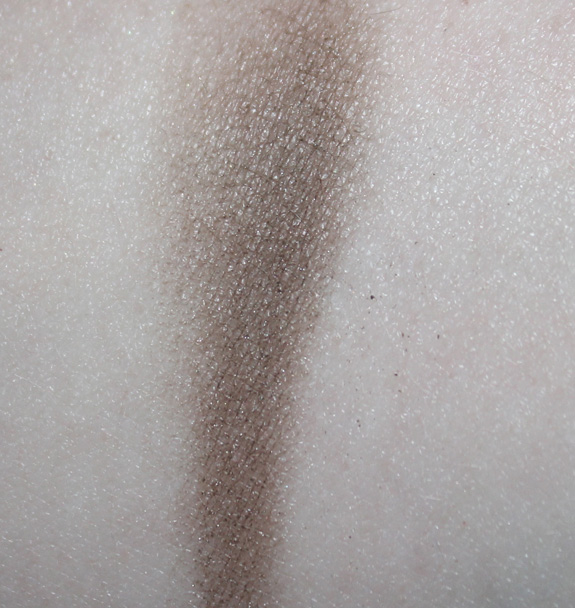 make-up_studio_brow_powder_blond05