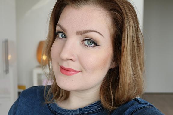 makeup_revolution_amazing_lipstick09