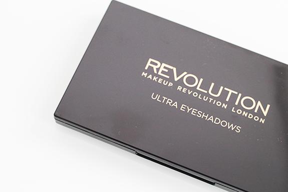 makeup_revolution_flawless_matte02