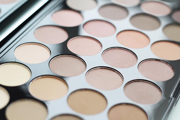makeup_revolution_flawless_matte04