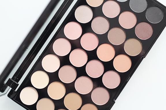 makeup_revolution_flawless_matte05