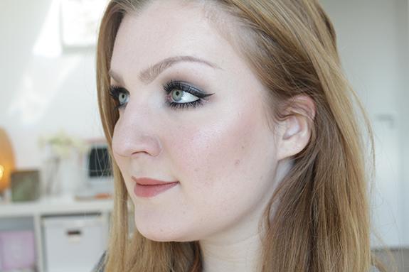 makeup_revolution_ultra_contour_palette15
