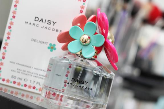 marc_jacobs_daisy_delight03
