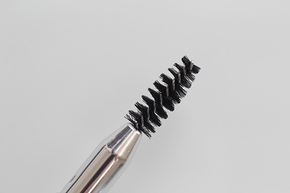 maybelline_browdrama_pencil_sculpting_brow_mascara06