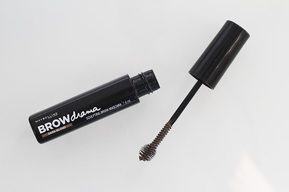 maybelline_browdrama_pencil_sculpting_brow_mascara07