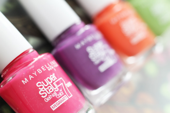 maybelline_superstay_7_days_megawatt_nail_color03