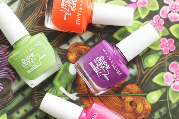 maybelline_superstay_7_days_megawatt_nail_color04