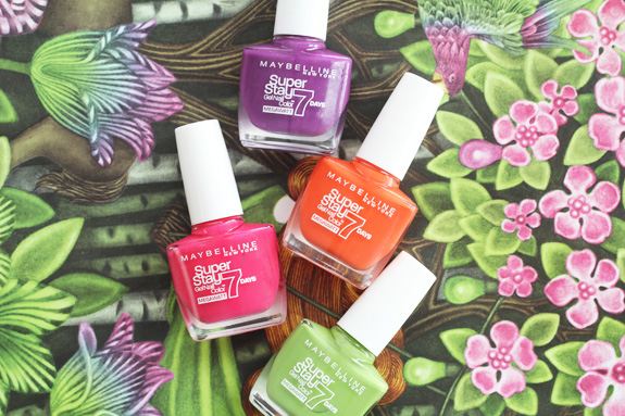 maybelline_superstay_7_days_megawatt_nail_color09
