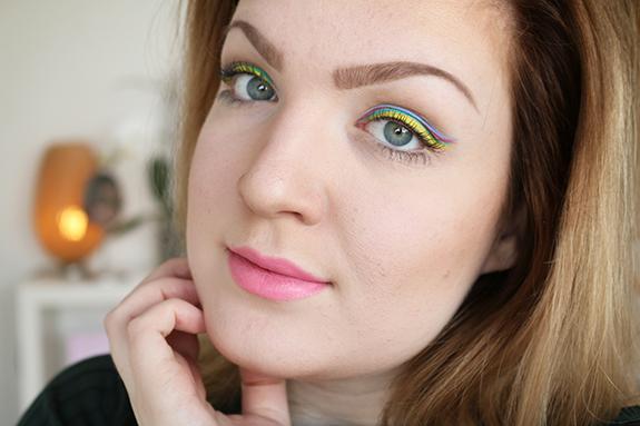 miss_sporty_studio_lash_colour_eyeliner07