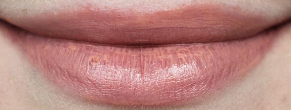 mooie_nude_lipstick10