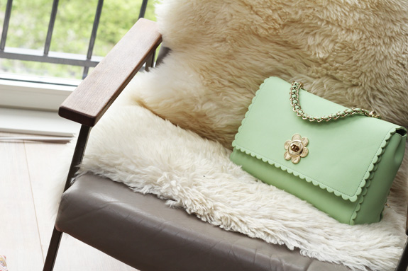 mulberry_cecily_flower_medium_mint08