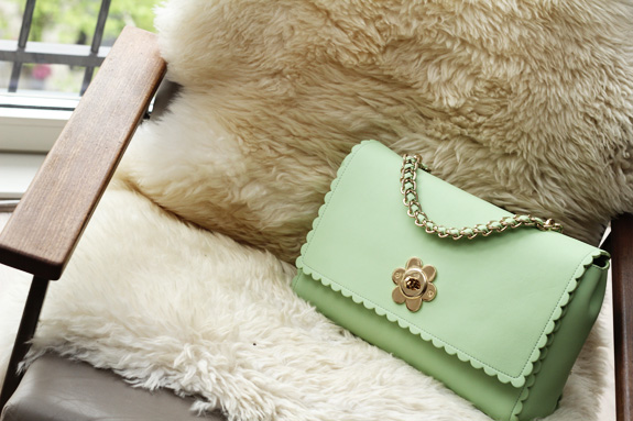 mulberry_cecily_flower_medium_mint10