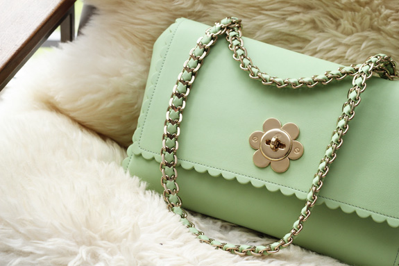 mulberry_cecily_flower_medium_mint12