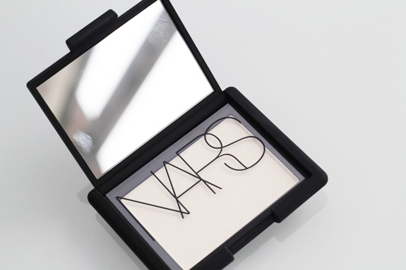 nars_albatros_highlighter03