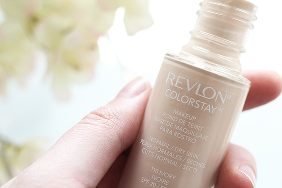 revlon_colorstay_foundation_110_ivory07