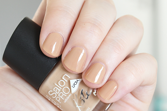 rimmel_kate_moss_dare_to_go_bare_nude_collection08