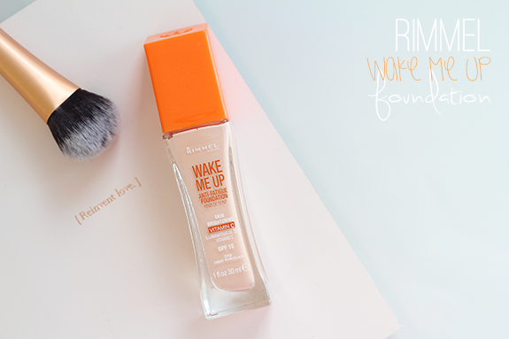 rimmel_wake_me_up_brightening_foundation01