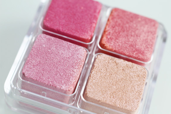 the_body_shop_shimmer_cubes_26_10